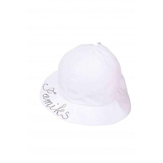Детска лятна шапка в бяло с диаманти за момиче