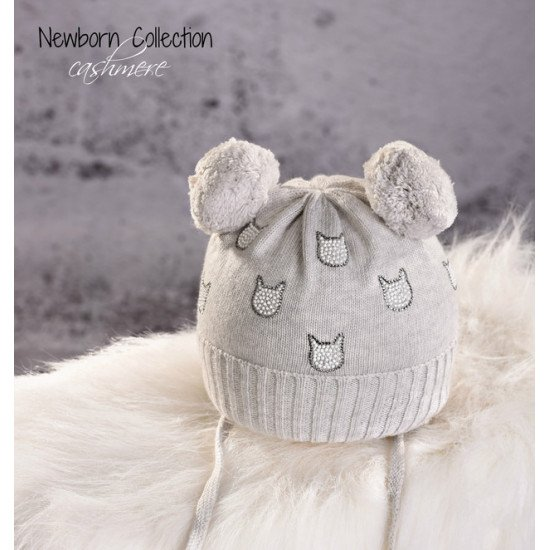 Бебешка зимна шапка с помпони и диамантени котета на Jamiks