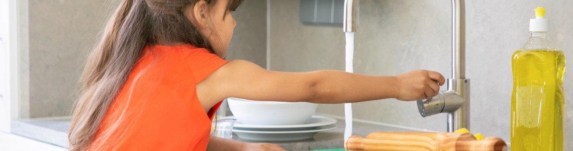 На какво да научим децата си у дома по време на карантина
