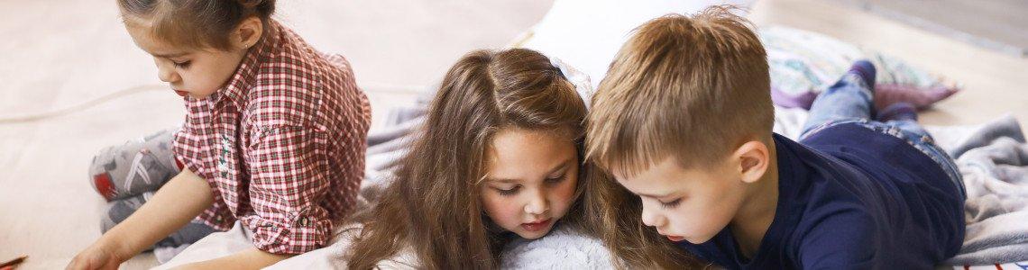 Какви подаръци да купим за деца, които не са играчки?