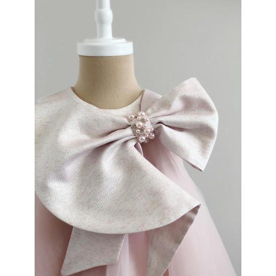Детска официална рокля в цвят пудра с голяма панделка