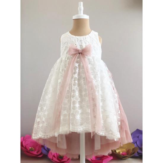 Детска дантелена рокля в бяло и пудра Piccole